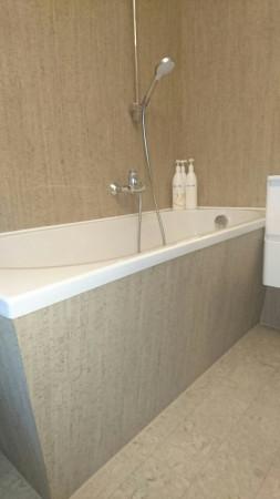 Настенное и напольное покрытие в ванной комнате